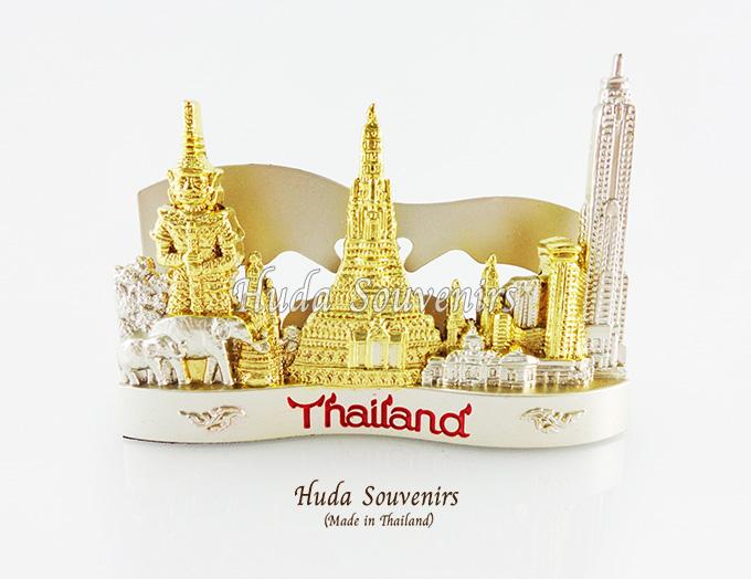 ของที่ระลึกไทย ที่ใส่นามบัตร ลวดลายเอกลักษณ์ไทย สีเงินทอง ปั้มลายเนื้อนูน สินค้าบรรจุในกล่องมาให้เรียบร้อย สินค้าพร้อมส่ง