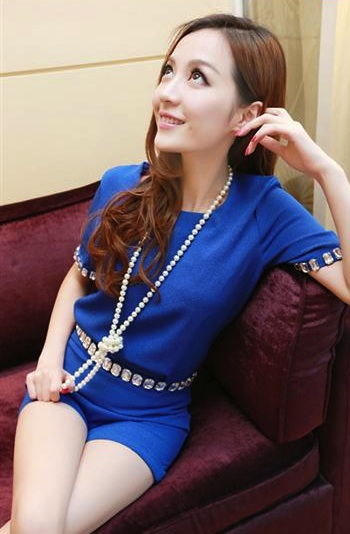 พร้อมส่ง-เสื้อ+กางเกงแฟชั่น (แยก 2 ชิ้น) สีน้ำเงิน ชีฟอง แต่งเพชร ปลายแขนและขอบเอว
