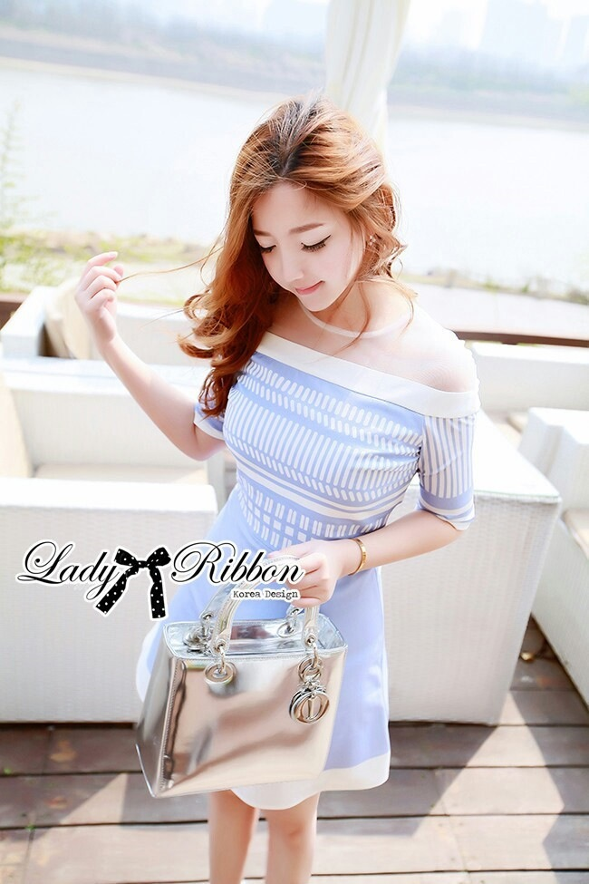 Lady Ribbon Baby Blue Graphic Dress